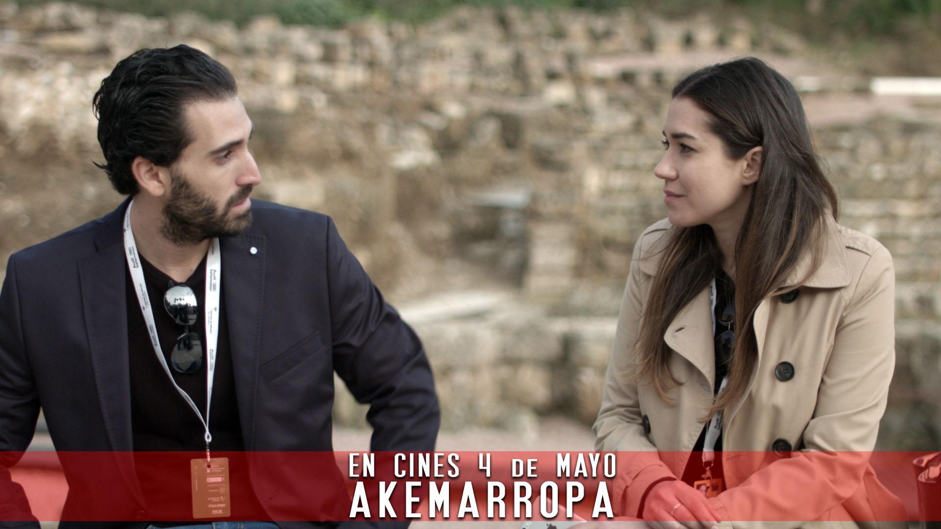 Pelicula Akemarropa Jorge Porras y Elena Martinez